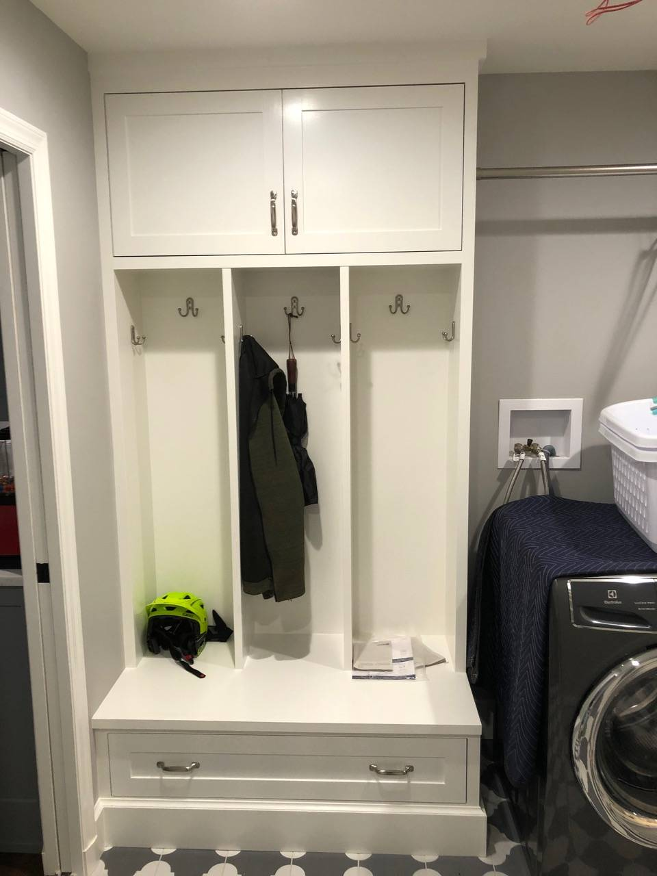 Custom Built-ins by Finishing Touch Contracting